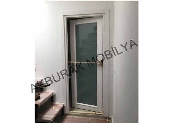 Ahşap Camlı Kapı