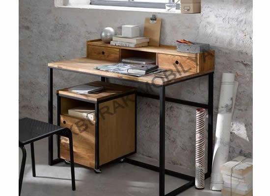 Çalışma Masası - 06